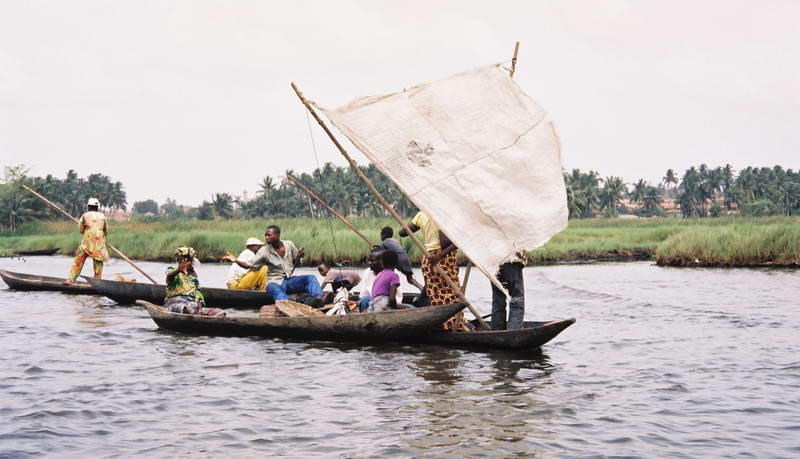 Sailing to the marche flotant in Ganvier, Benin.