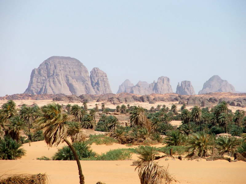 Idyllic landscape of the mountains lining the distant Djado plateau, Niger.