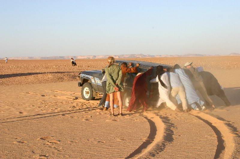 Stuck again in the Tenere desert in Niger.