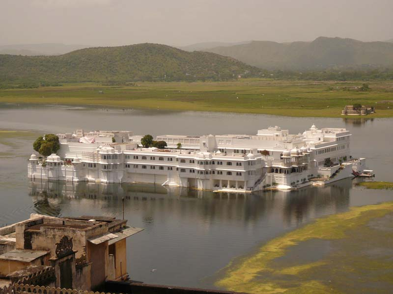 The water palace in the middle of the lake in Udaipur, Rajastan India.
