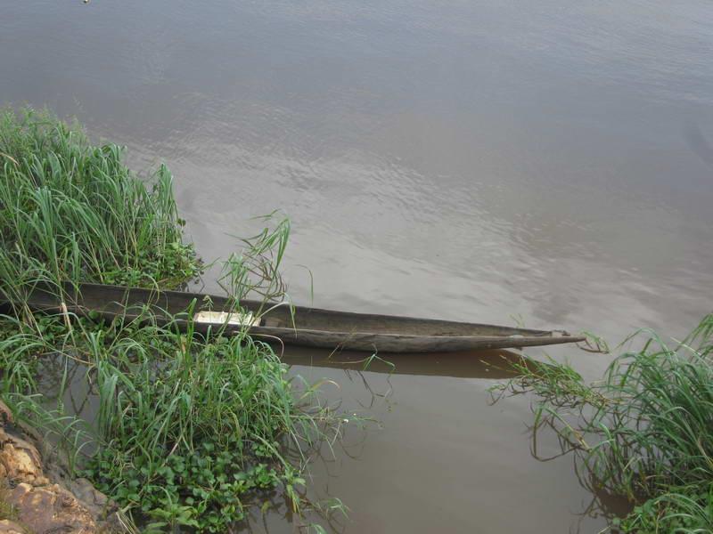 The Obangui river between Bangui, Central African Republic and the Democratic Republic of Congo (Kinshasa).