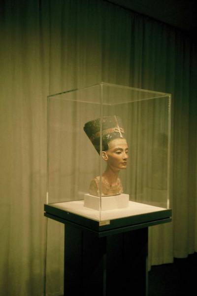 Nefertiti on display in Berlin Germany before the fall.