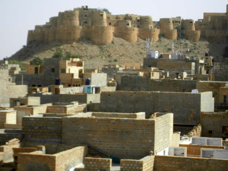 Distant view of the fort in Jaiselmer, Rajastan India.