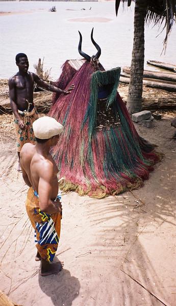 <b>Zhangbeto Dance Masks</b>  Grand Popo, Benin