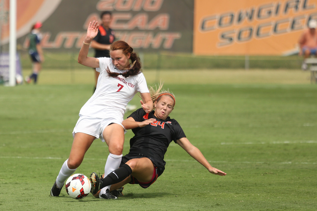 Oklahoma State University Cowgirls played Washington State in NCAA Soccer at Cowboy Soccer Complex on Saturday, September 15, 2013. Photos by Mitchell Alcala/Ostatephoto.com