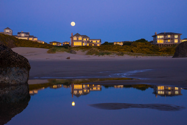 Full moon over Bandon homes