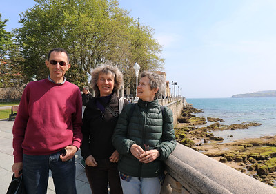 Duncan, Bundy and Suzanne at Gijon