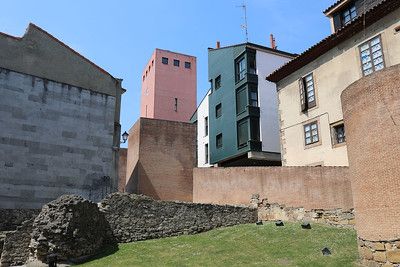Old and new in Gijon