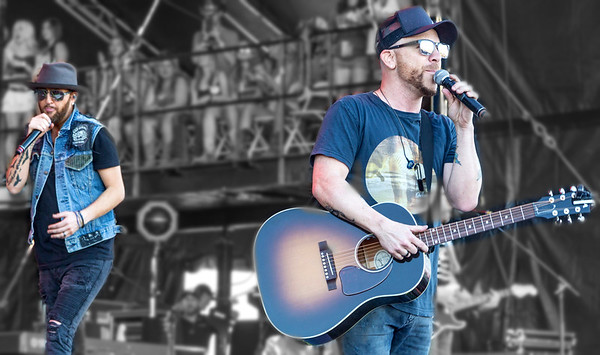 Locash at Country Thunder    April 09, 2016  022