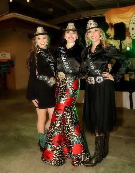 IMG_5296 Trio of rodeo queens BECA.jpg