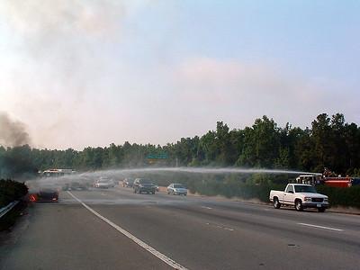 2004-07-12-eng9-car-fire-beltline68
