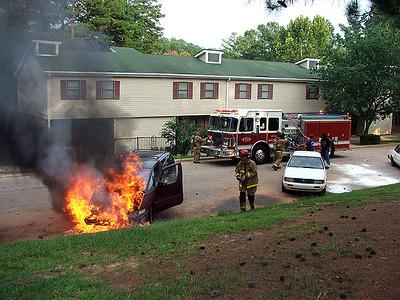2005-08-13-rfd-car-fire-neely-st-12