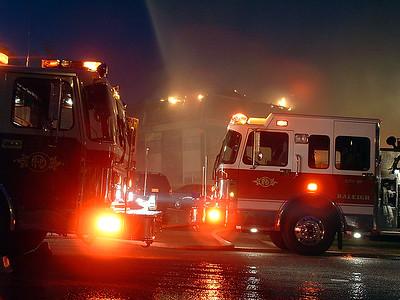 2004-06-11-rfd-calumet-fire114