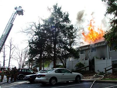 2006-01-07-rfd-major-fire-058-mjl
