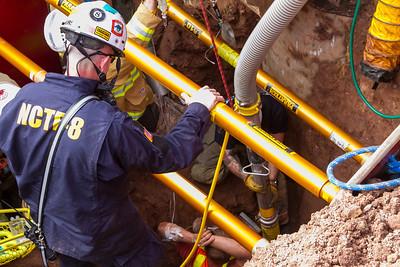 2020-01-05-dfd-trench-rescue-mjl-226
