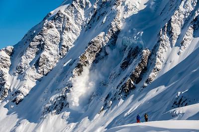 Warning avalanche danger.