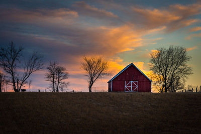 Little Red Barn in Missouri