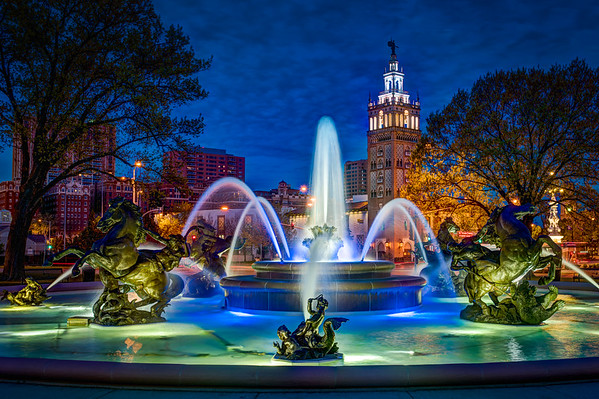 JC Nichols Fountain - Color