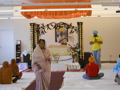 Worship At Gurdwara Sahib (Columbus, OH)
