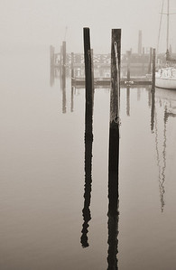 2011-12-5  Foggy Day 9 East Marina Antique and B n W