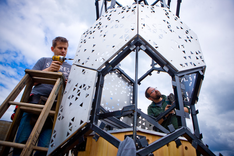 Photos of the instilation of the Bee Tower at Silocity with students in Architecture and Planning<br /> <br /> Photograph: Douglas Levere