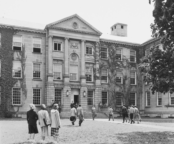 Crosby Hall, University Archives, ca 1950, call number: 20E:4(5)