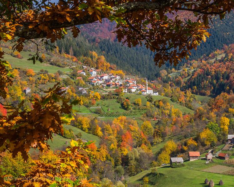 Village III, Bobovac