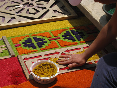 Making a Semana Santa Carpet