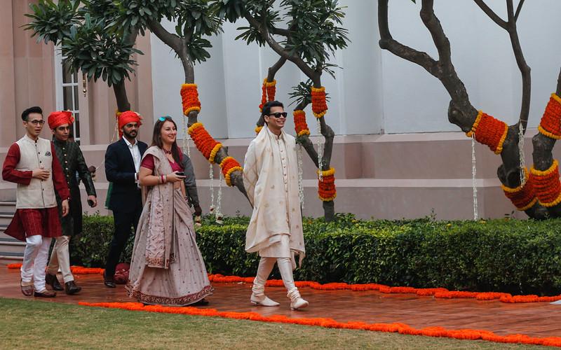 royal indian groom entering the wedding venue