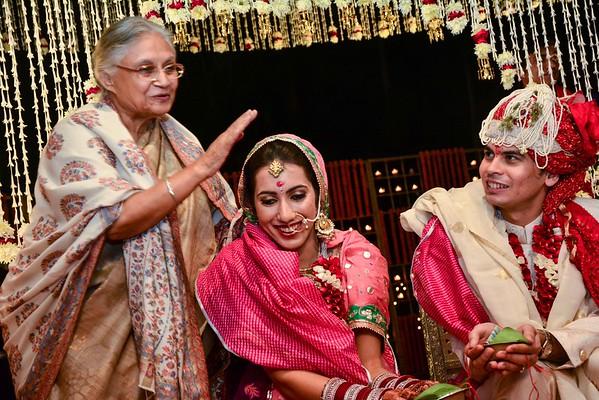 elders blessing in indian wedding