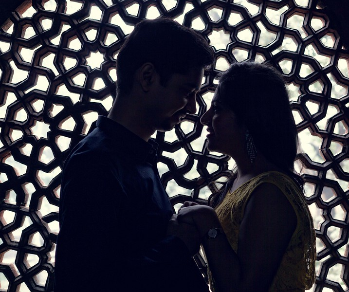 Pre wedding shoot at Humanyu Tomb - silhoutte image