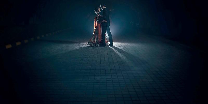 backlight portrait - couple portarit on wedding day