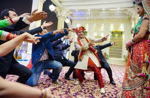 candid moment on wedding day -  sahil weds vasudha