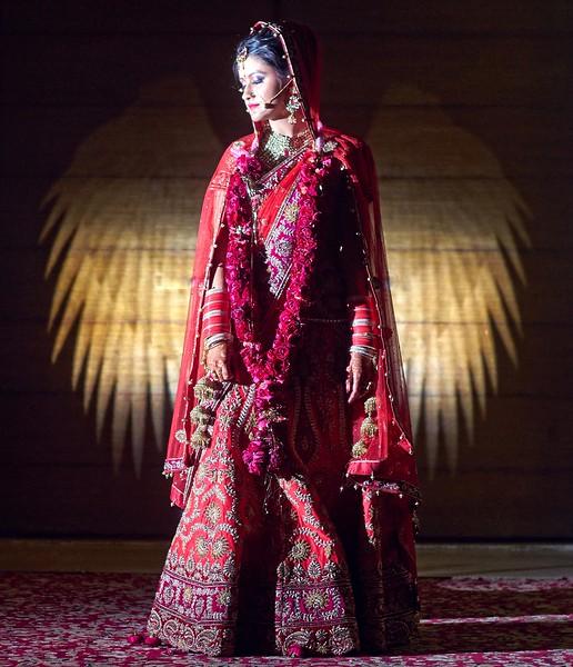 Bride portrait - wedding of Divya
