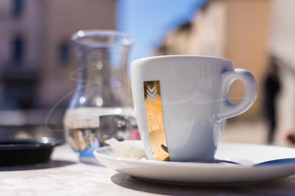 le café au soleil