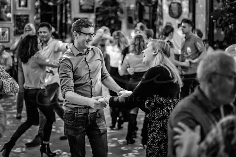 danser, c'est amusant à deux | dancing is fun for two | Tanzen ist Spaß zu zweit