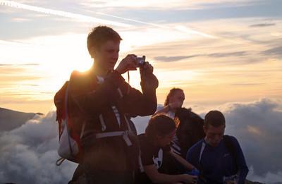 Crib Goch summit Andrew Taylor Vegan 15 Peaks Challenge 2010