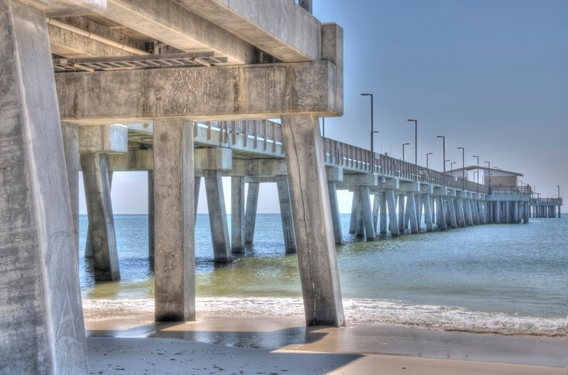 Taking a lunch from my real job as a programmer, I snapped this in a series of pics at the Gulf State Park Pier.      I'm ashamed to admit that living on the Gulf Coast for 20 years, this was only the second time I'd been there.   Nice pier, I plan to come back at Sunset.