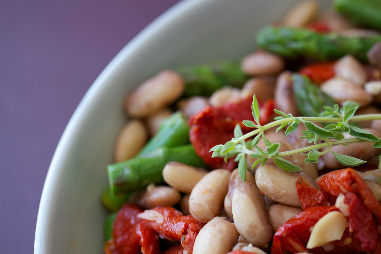 Snowcap beans, slow roasted tomatoes and asparagus salad