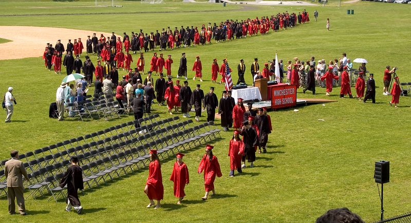 <b>Graduates march towards their seats</b>   (Jun 05, 2005, 01:07pm)