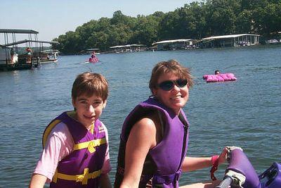 <b>Beth and Erin</b>   (Aug 21, 1999, 09:26am)