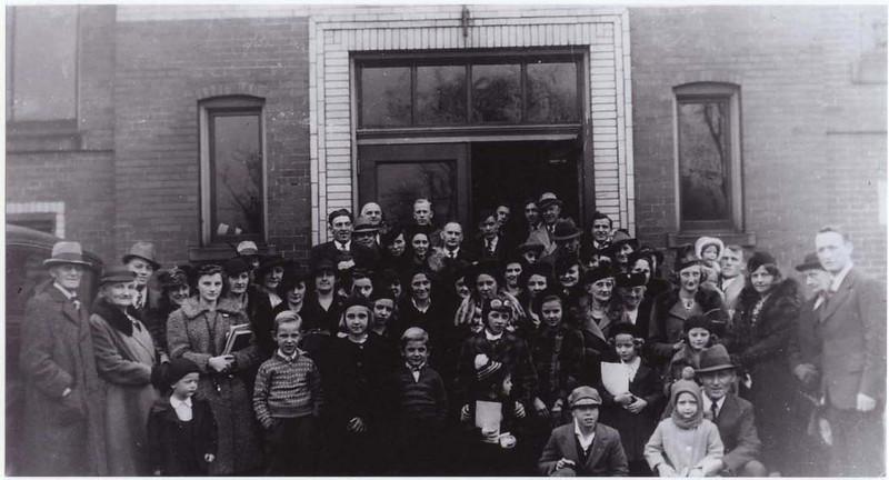 Bethel's congregation in the 1930's at Elfinwild School.