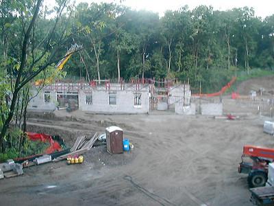 2004-08-22