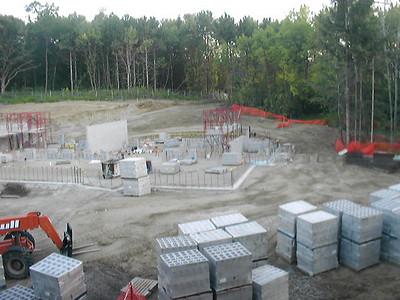2004-08-23