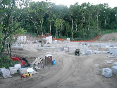 2004-08-09