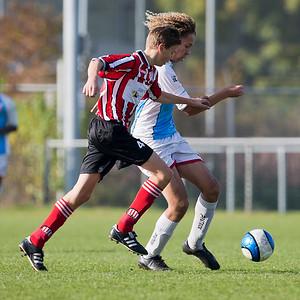 31-10-2015: Voetbal: Alexandria '66 B2 v MVV '27:  Rotterdam
