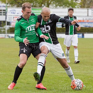 30-04-2016: Voetbal: Capelle v Scheveningen: Capelle Topklasse zaterdag seizoen 2015/2016