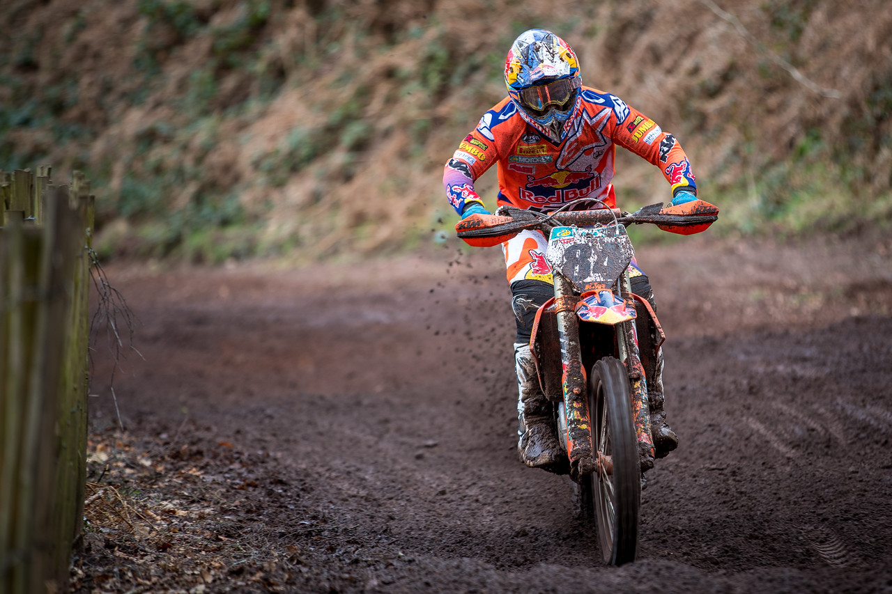 IMAGE: https://photos.smugmug.com/Bewiser-Hawkstone-International-MX-2018/Bewiser-Hawkstone-International-MX/i-RvGrtCH/1/bb1b51f0/X2/A24I5565-X2.jpg