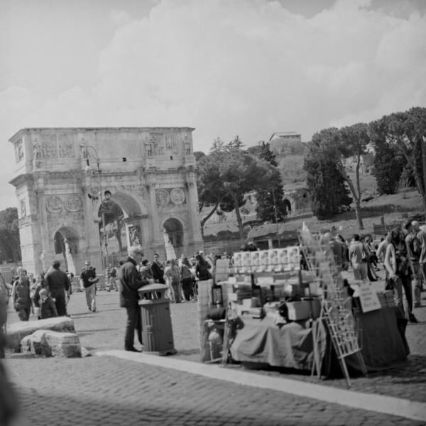 Rome Walk :Italy beyond 70mm. Photographs taken on 80mm (Medium format film)
