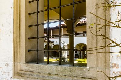 Peeking into the courtyard